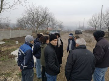 Ще насипят с фракция пътя към нови къщи в Басарбово