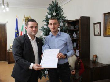 Световният шампион Християн Стоянов с парична премия от Община Русе
