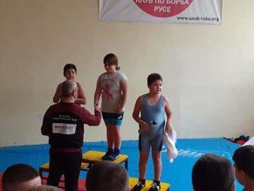 Коледен детски турнир по борба се проведе в Русе