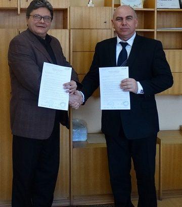 """Сътрудничество между РУ """"Ангел Кънчев"""" и СУ """"Възраждане"""""""