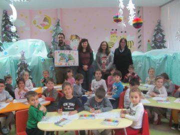 """Коледна работилница за комикси се състоя в детска градина """"Слънчо"""" 2"""