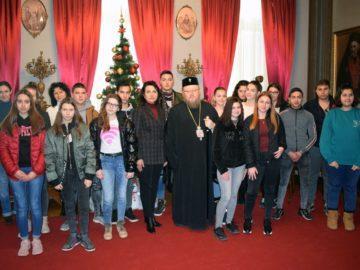 Ученици от ПГО - Русе гостуваха на митрополит Наум
