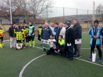 Тимът на Ореш спечели коледния футболен турнир в Долна Студена
