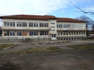 """С проект по """"Красива България"""" искат да ремонтират детската градина в Долна Студена"""
