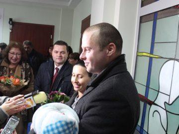 Кметът Пенчо Милков поздрави семейството на първото бебе за 2020 година в Русе