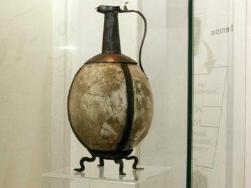Яйца от щраус в музея - находки от Русе и Велико Търново