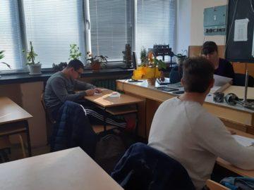 """В ПГ по транспорт се проведе училищният кръг на """"Най-добър техник в машиностроенето"""""""