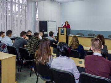 Какво означава да са обезпечени вземанията на кредиторите обясни съдия Атанасова на бъдещи абитуриенти