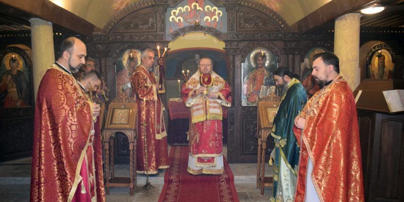 Русенският митрополит Наум бе в Попово на Антоновден