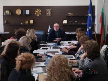 Заместник-кметът Енчо Енчев се срещна с директорите на детски ясли в Русе