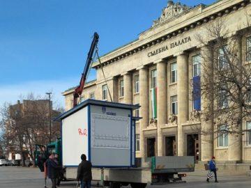 Поставят павилионите за Мартенския базар в Русе