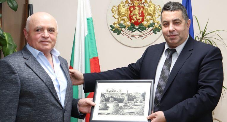 Провеждане на съвместни научни, културни и спортни инициативи между Русе и Тараклия беше обсъдено по време на среща при областния управител