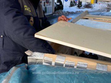 1 130 пакета контрабандни цигари откриха в български камион на Дунав мост 1