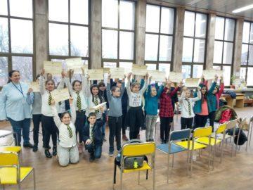 """В РБ """"Л. Каравелов"""" се проведе състезание по четене, посветено на Ерих Кестнер"""
