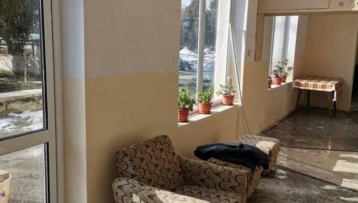 """ОП """"Комунални дейности"""" - Сливо поле ремонтира пенсионерския клуб в Бабово"""