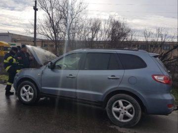 Три автомобила се самозапалиха в Окръг Гюргево през последните 4 дни