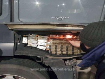 700 кутии контрабандни цигари откриха днес в български камион на Дунав мост 1