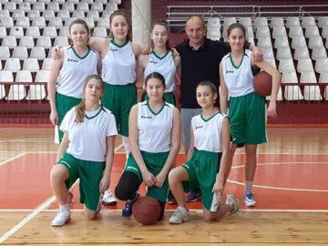 Първо място за отбора на вазовци на общинското първенство по баскетбол - момичета 5-7 клас