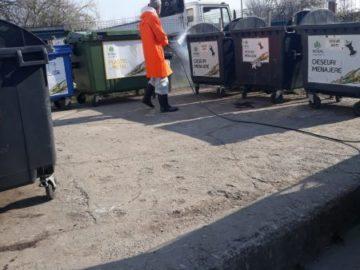 В Гюргево дезинфекцират и контейнерите за отпадъци