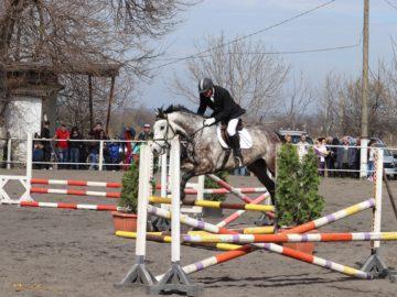 За пореден път заместник областният управител Свилен Иванов показа майсторска езда