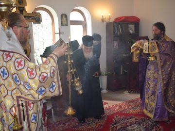 """Архиерейска света литургия на Светли петък в Каранвърбовския манастир """"Св. Марина"""""""