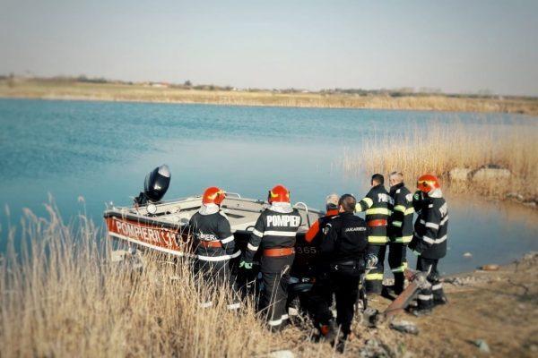 Двама паднаха с каруца в баластиера в Гюргевско, единият се удави
