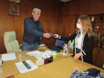 Народният представител Светлана Ангелова дари защитни маски на Община Две могили
