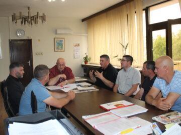 """Община Русе и клуб """"Синият Дунав"""" продължават партньорството си и през следващия риболовен сезон"""