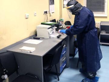 """Изписаха излекувания от коронавирус пациент от """"Медика"""""""