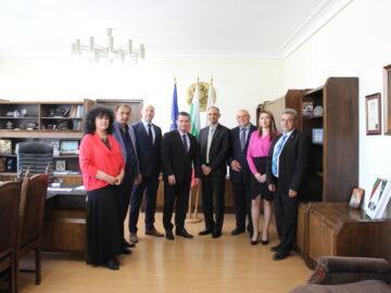 Кметът на Русе в среща с делегация от посолството на Пакистан в България