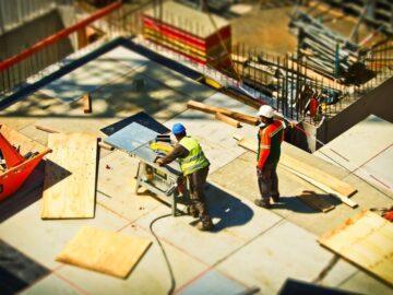 С промени в Кодекса на труда МТСП предлага повишаване на санкциите за недеклариран труд