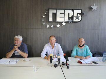 ПП ГЕРБ - Русе ще дари пейки в рамките на кампания за подреден квартал