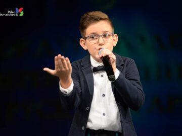 """Млад русенец се класира на второ място в неприсъствения етап на националния конкурс """"Петнадесет лалета"""""""