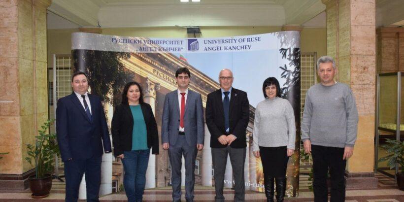 Екип от Русенския университет работи по проект за повишаване на иновациите в образованието и научните изследвания на Палестина в областта на прецизното земеделие