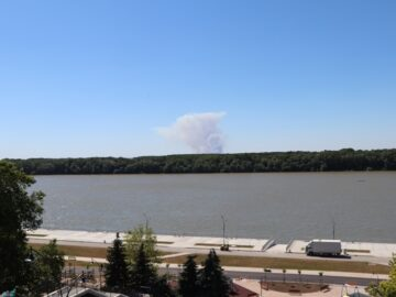 Запалени стърнища в Гюргевско образуваха голям облак