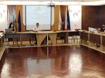 Епидемичната обстановка в Русенска област обсъждаха в Областна администрация днес