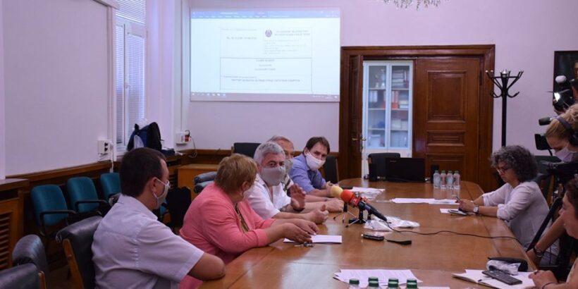 Русенският университет представи филтър на маска за лице срещу патогени и вируси