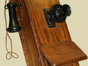 Преди 125 години тържествено е открита телефонната линия Русе-София във Военен клуб - Русе