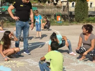 """""""Моето лято"""" рисуваха деца от Караманово"""