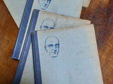 Ценни книги от книжарницата на Никола Даков влязоха във фонда на библиотеката