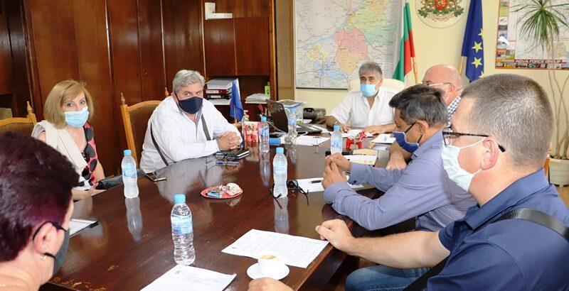 Засилва се контролът за изпълнение на противоепидемичните мерки срещу коронавирус в Русенска област